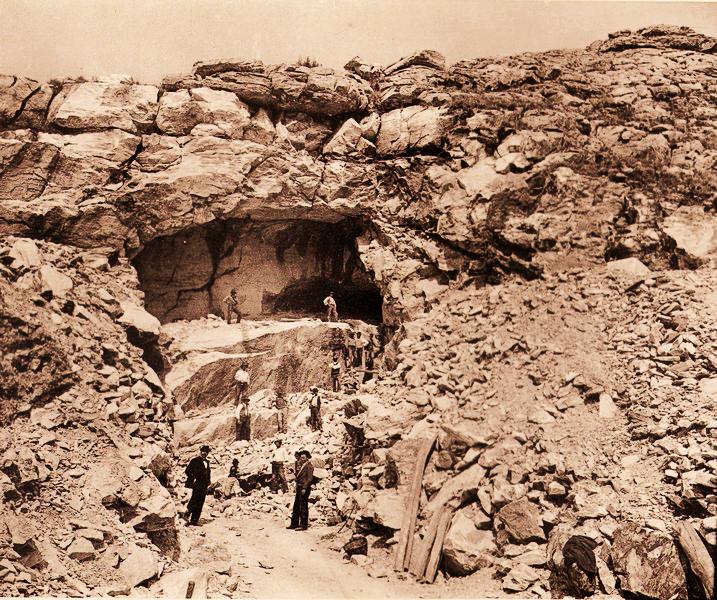 Cave di marmo di Retignano, 1916